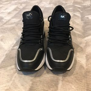 Michael Kors size 6 black sneakers
